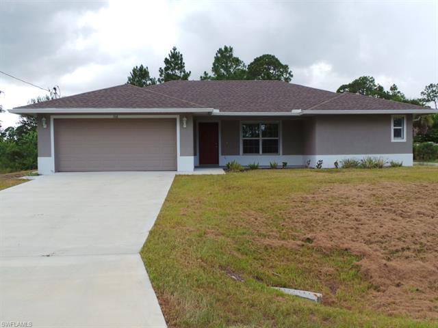 106 E 9th St, Lehigh Acres, FL 33972