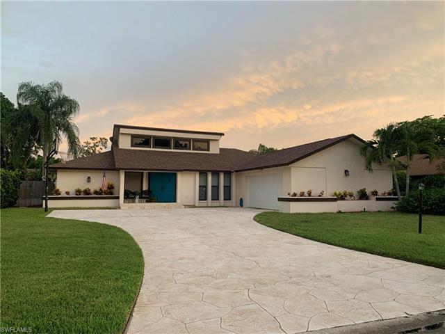 5733 Sandpiper Pl, Fort Myers, FL 33919