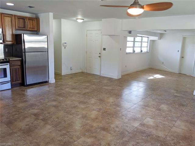 3843 La Palma St E, Fort Myers, FL 33901