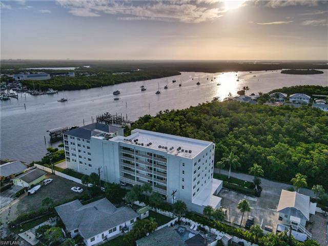 345 Mango St 206, Fort Myers Beach, FL 33931