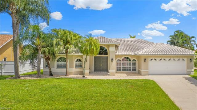 2039 Se 20th Ln, Cape Coral, FL 33990