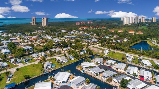 4704 Kahlua Ln, Bonita Springs, FL 34134