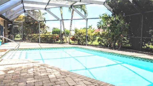 1935 Se 45th St, Cape Coral, FL 33904