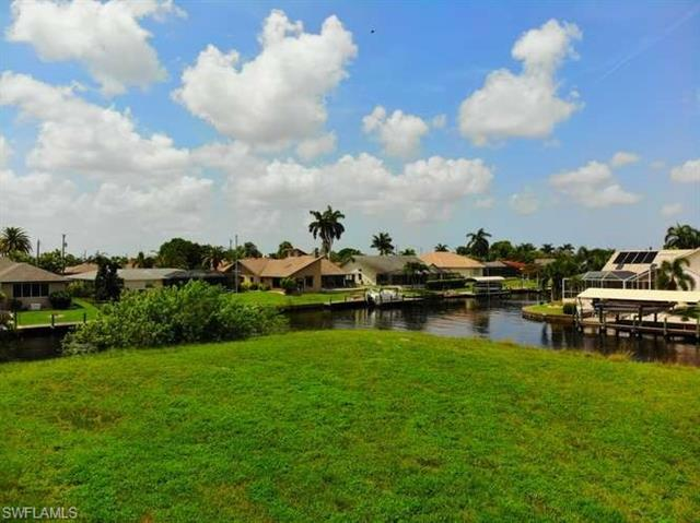 2528 Se 24th Ave, Cape Coral, FL 33904