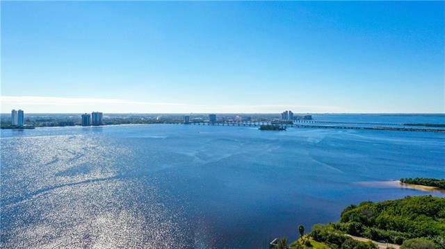 14568 Lara Cir, North Fort Myers, FL 33917