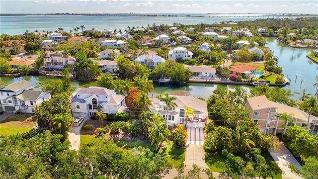 1720 Dixie Beach Blvd, Sanibel, FL 33957