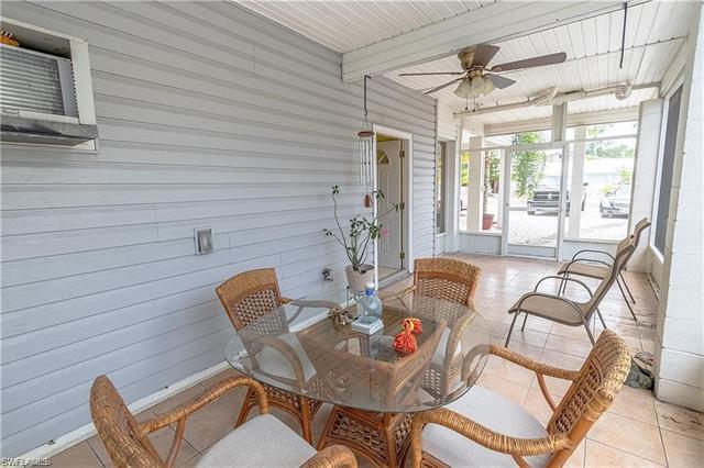 128 Eucalyptus Ct, Fort Myers Beach, FL 33931