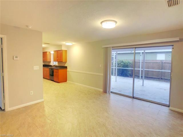 9192 San Carlos Blvd, Fort Myers, FL 33967