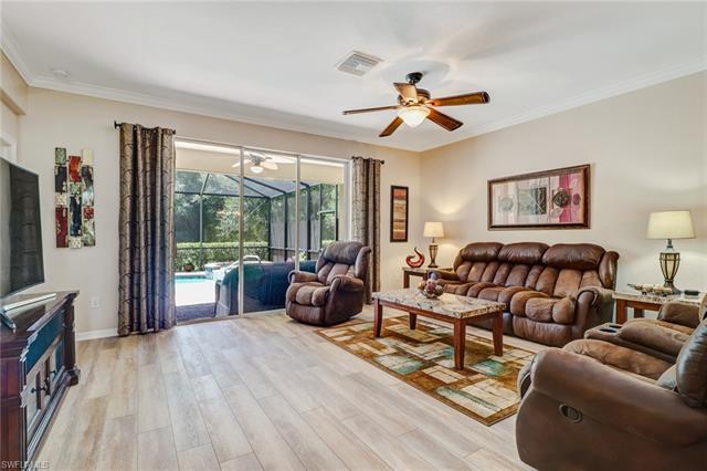 10492 Yorkstone Dr, Bonita Springs, FL 34135