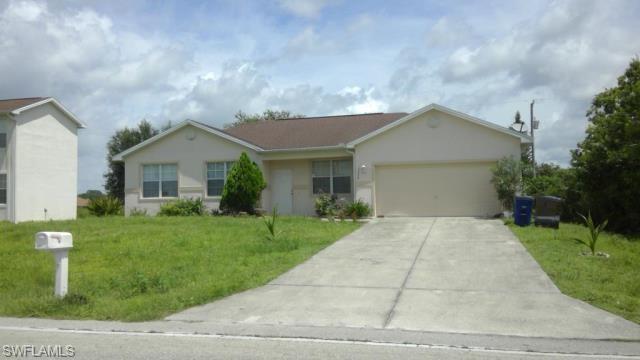 3300 8th St Sw, Lehigh Acres, FL 33976