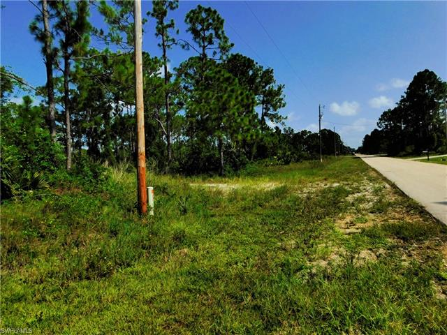 812 Burns Ave S, Lehigh Acres, FL 33974