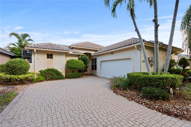 25032 Pinewater Cove Ln, Bonita Springs, FL 34134