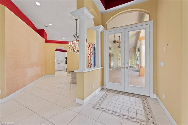 25032 Pinewater Cove Ln, Bonita Springs, FL 34134