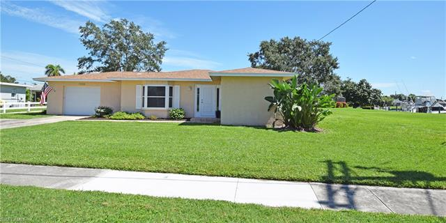 1858 Lakeview Blvd, North Fort Myers, FL 33903