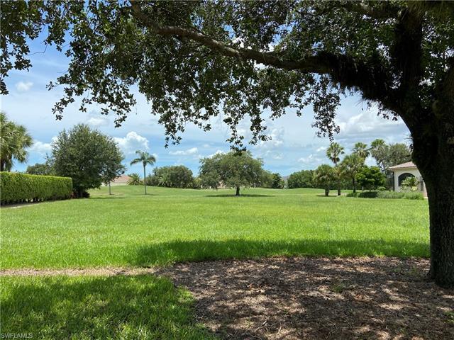 6219 Highcroft Dr, Naples, FL 34119