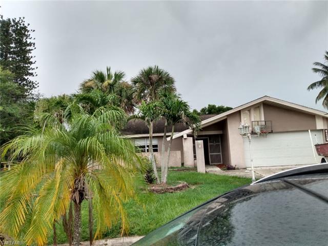 6451 Adelphi Cir, Fort Myers, FL 33919