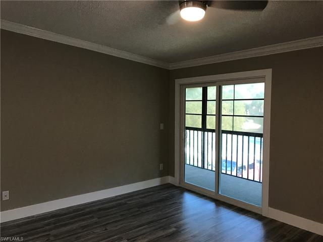 5716 Foxlake Dr 8, North Fort Myers, FL 33917