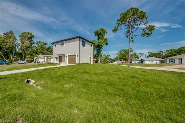 8201 Anhinga Rd, Fort Myers, FL 33967