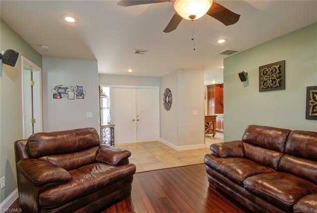 1524 Whiskey Creek Dr, Fort Myers, FL 33919