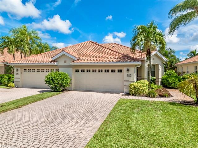 8521 Brittania Dr, Fort Myers, FL 33912