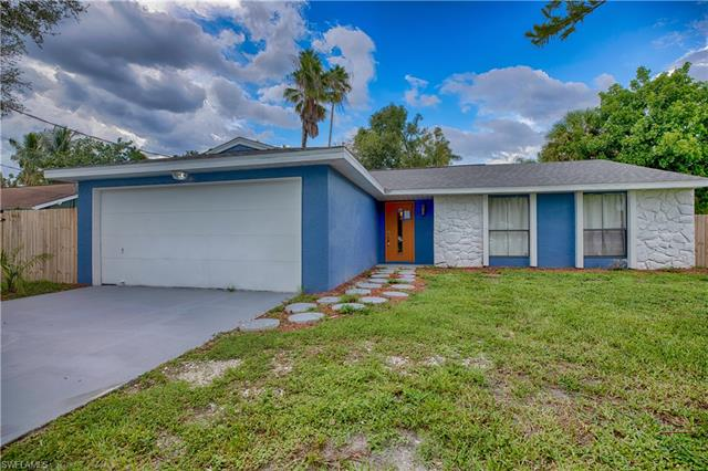 8477 Winged Foot Dr, Fort Myers, FL 33967