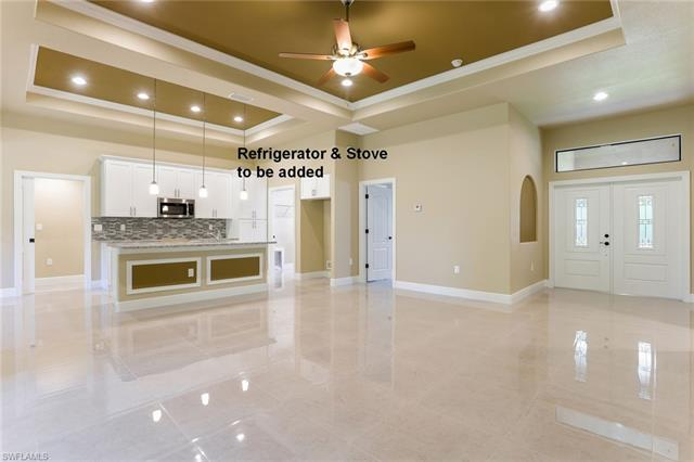 2802 12th St W, Lehigh Acres, FL 33971