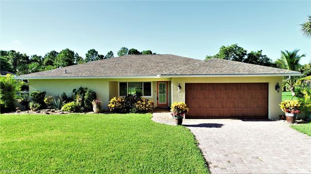 1208 Albemarle Cir, Lehigh Acres, FL 33936