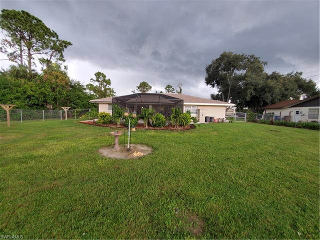 302 E 7th St, Lehigh Acres, FL 33972