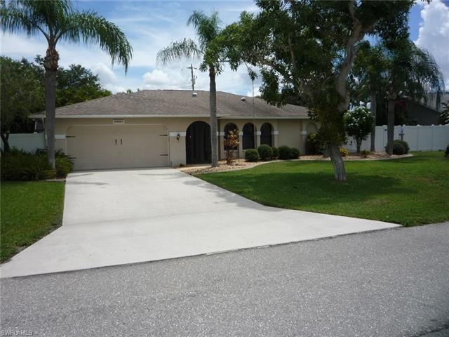 105 Se 12th Ave, Cape Coral, FL 33990