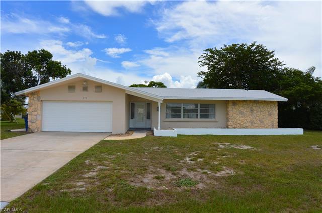 210 Redfish Rd, Fort Myers Beach, FL 33931