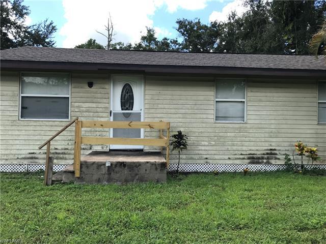5770 Carter Rd, Fort Myers, FL 33905