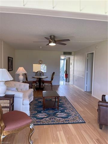 1828 Pine Valley Dr 201, Fort Myers, FL 33907