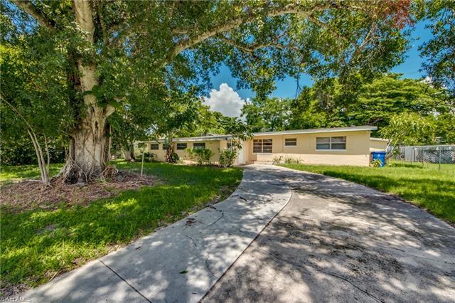 2129 Braman Ave, Fort Myers, FL 33901