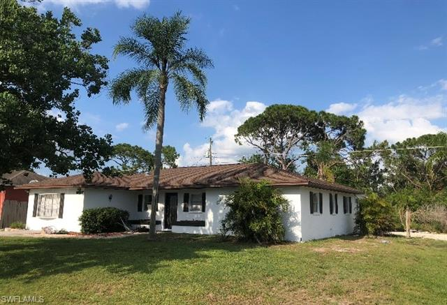 18549 Winter Haven Rd, Fort Myers, FL 33967