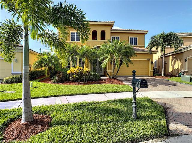 15520 Laguna Hills Dr, Fort Myers, FL 33908
