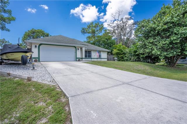 18464 Sunflower Rd, Fort Myers, FL 33967