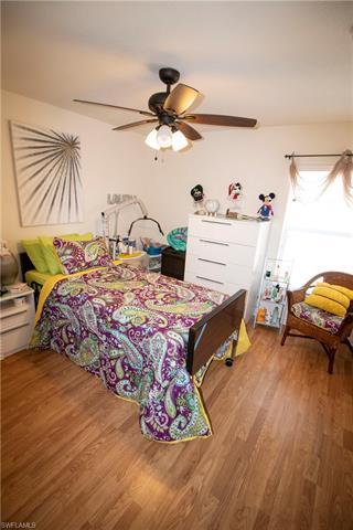 2527 Chiquita Blvd S, Cape Coral, FL 33914