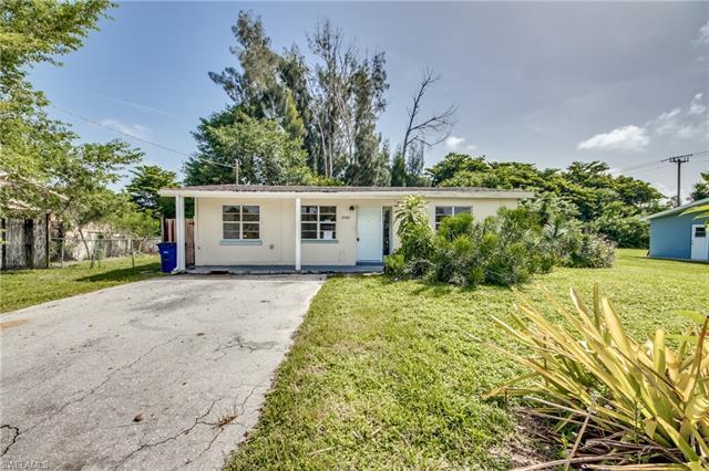 18481 Iris Rd, Fort Myers, FL 33967