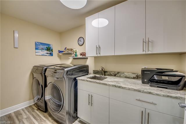 2090 W First St F906, Fort Myers, FL 33901