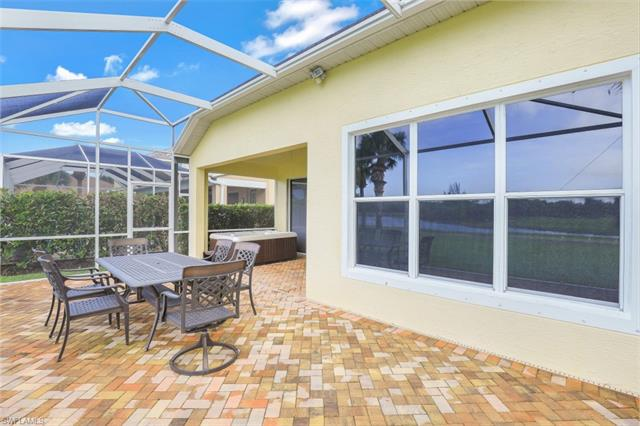 2668 Bellingham Ct, Cape Coral, FL 33991