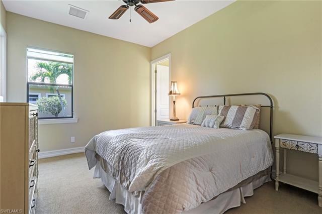6851 Lakewood Isle Dr, Fort Myers, FL 33908