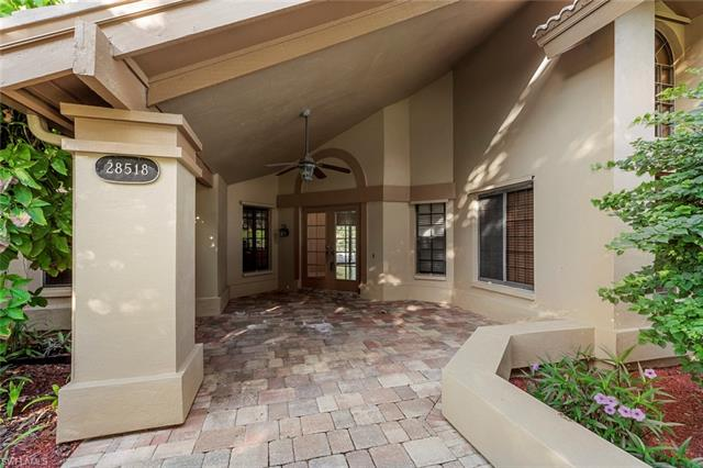 28518 La Pluma Way, Bonita Springs, FL 34135