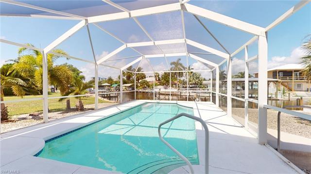 5211 Avenida Pescadora, Fort Myers Beach, FL 33931