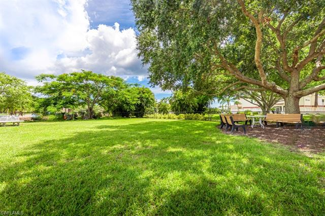 1828 Pine Valley Dr 106, Fort Myers, FL 33907