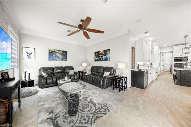 2546 Sw 38th St, Cape Coral, FL 33914