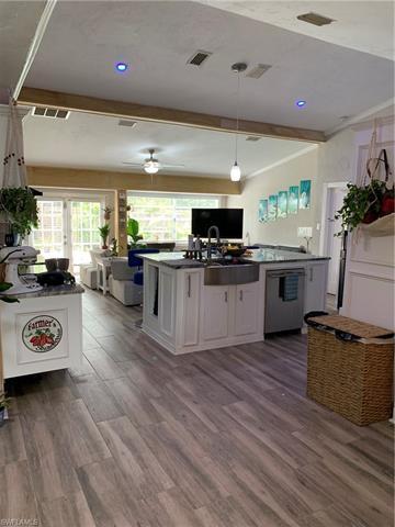 27477 Pelican Ridge Cir, Bonita Springs, FL 34135