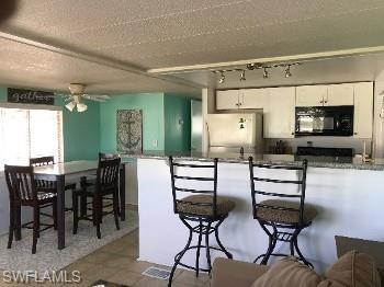 2623 Pine St, Matlacha, FL 33993