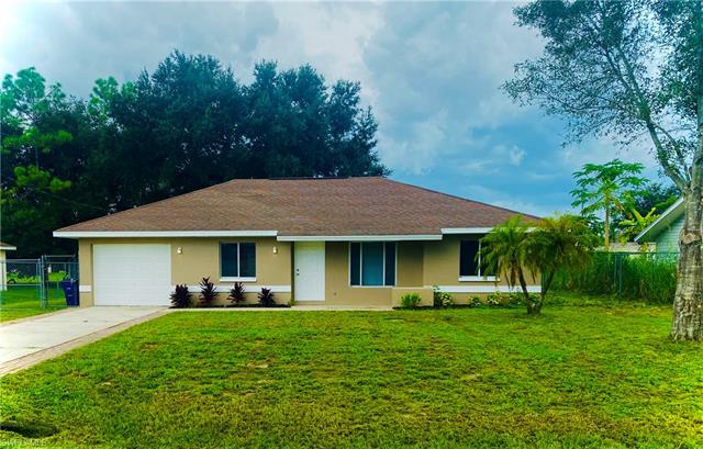2809 7th St W, Lehigh Acres, FL 33971