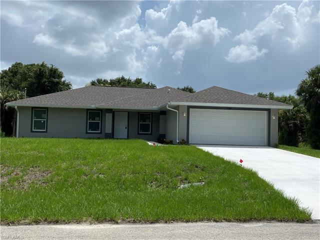 3709 Tracy St, Fort Myers, FL 33905