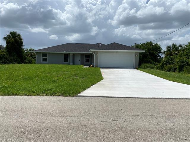 6023 Thrush Ave, Fort Myers, FL 33905